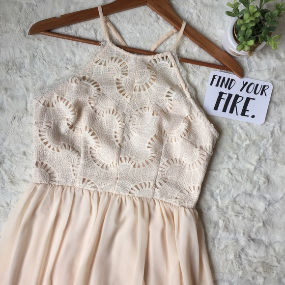 9a7de1327f8f Soieblu Dresses | Forever 21 Maxi Dress Cream Crochet Lace | Poshmark